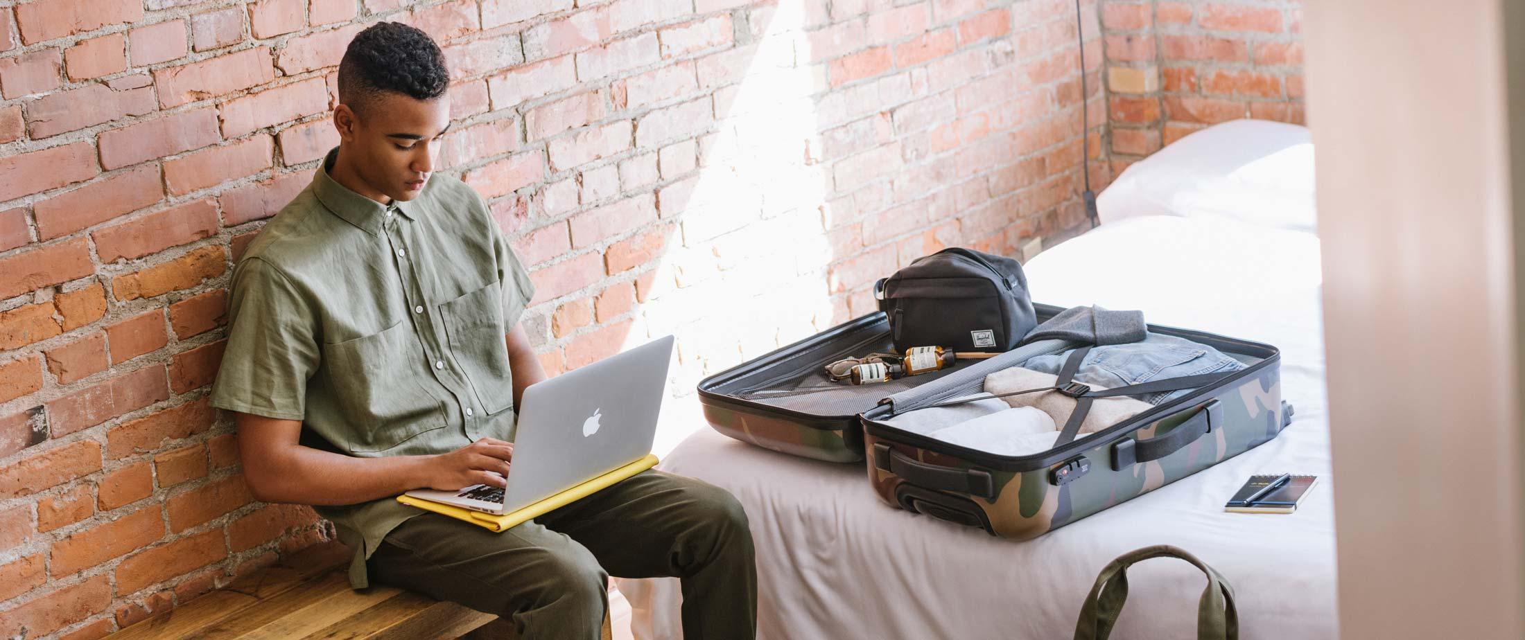 39c1d21cca Men s Luggage